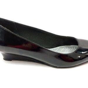 Dexflex Comfort Size 7.5 Shiny Black Wedges Shoes